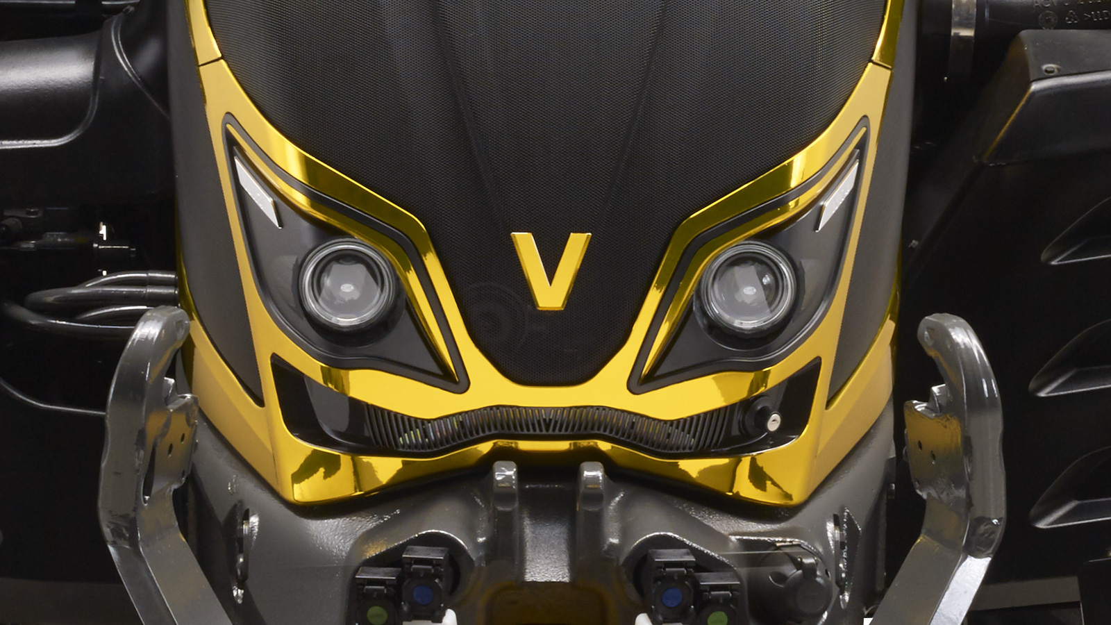 valtra tractor 3d front detail